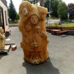 Märchensäule aus Holz ( Eichenholz ) Vorderseite Fertigstellung 2020